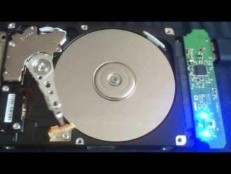Причины по которым жесткий диск щелкает